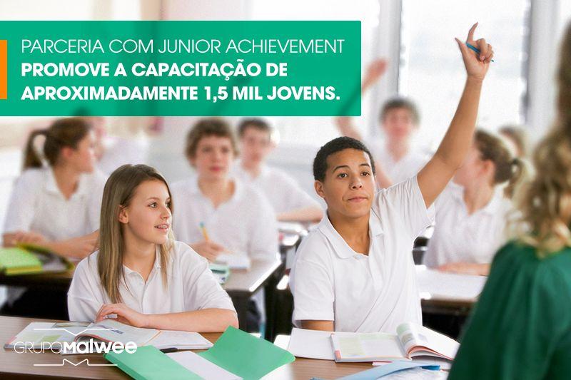 União entre voluntários do Grupo Malwee e Junior Achievement promove a capacitação de cerca de 1,5 mil jovens